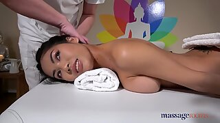 massage rooms Tiny Thai beauty Poopea oiled up fucked and splattering