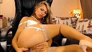SEXY SQUIRTING AFTER DOUBLE PENETRATION