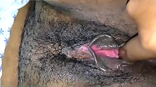 Lovely fingering for desi gf hairy juicy pussy